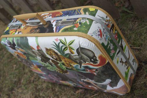 Decoupage Vintage Suitcase 4