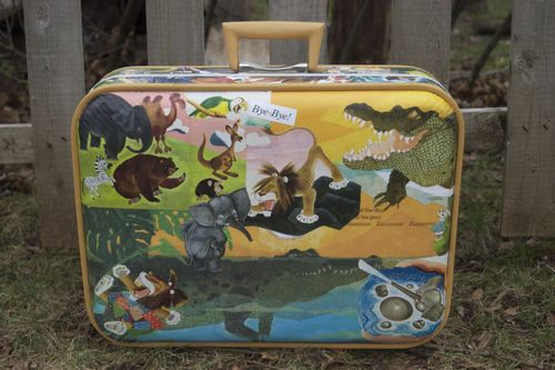 Decoupage Suitcase 1