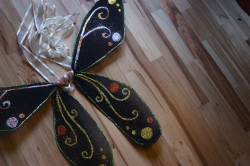 DIY Fairy Wings | Clean : : the LuSa Organics Blog