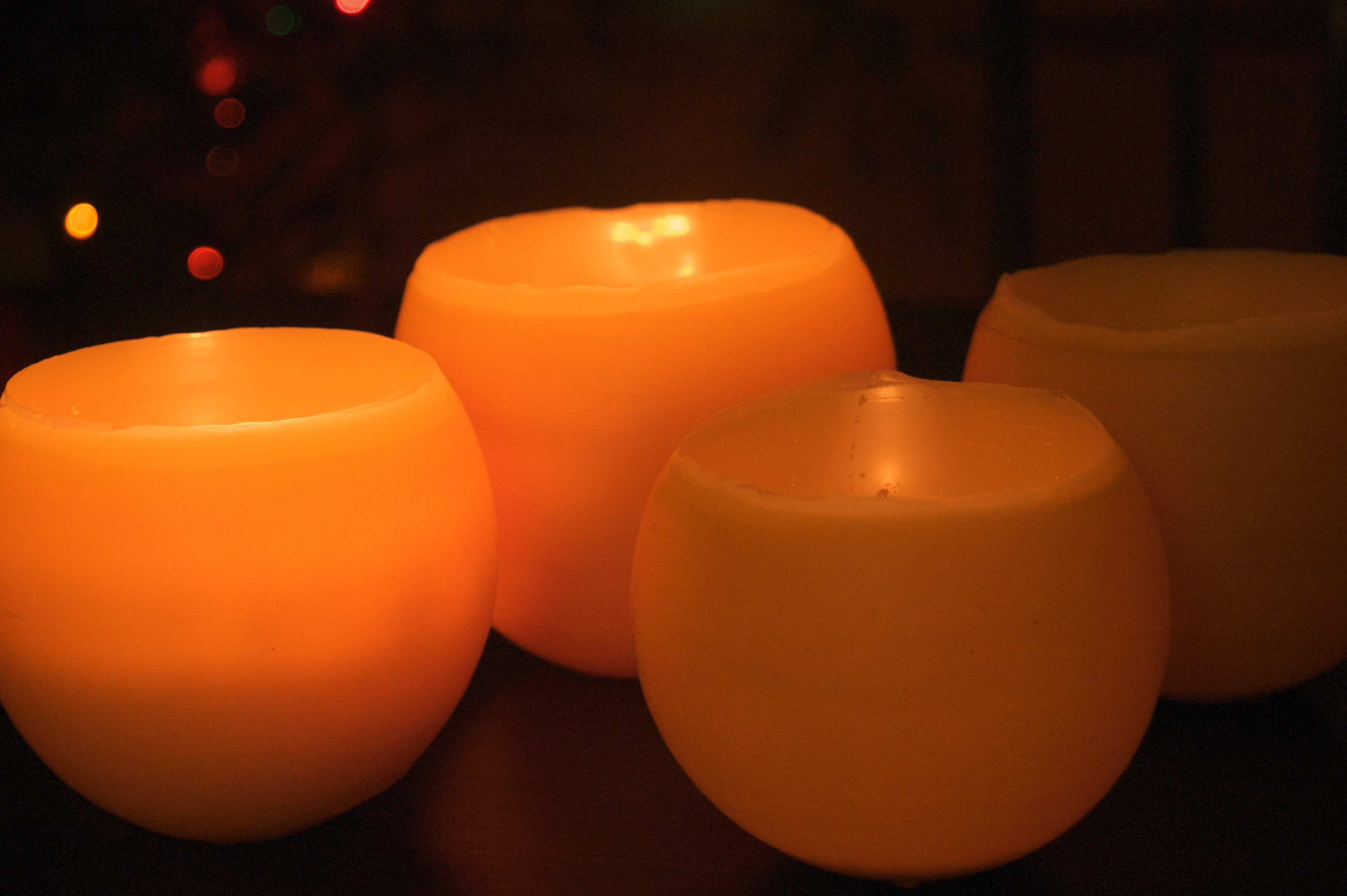 How to make beeswax luminaries clean dsc8991 glowing beeswax luminaries solutioingenieria Image collections