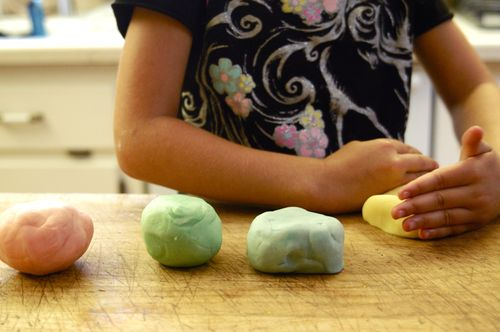 Homemade playdough Recipe | Clean : : The LuSa Organics Blog