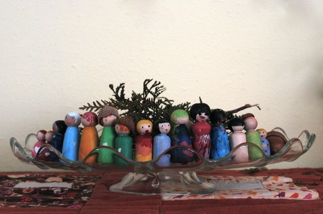 Making Peg People. : : Clean | the LuSa Organics Blog