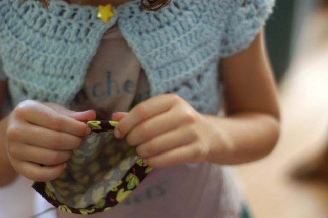 Ten tips for sewing with kids. [Clean.]