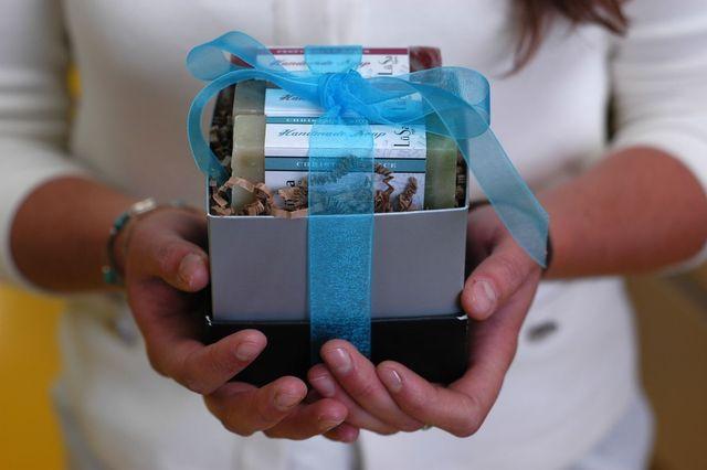 LuSa Organics Holiday Gift Collection